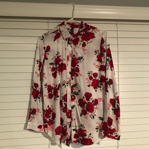 H&M white & red floral Button Up size 4 small